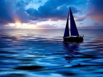 sunset_sailining